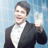 Erfolgreicher junger Geschäftsmann Stockfoto
