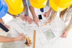 Erfolgreiches Architekten-Team Stockfotos