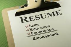 Erfolgreiches Beschäftigungs-Konzept mit Zusammenfassungs-Checkliste Lizenzfreies Stockfoto