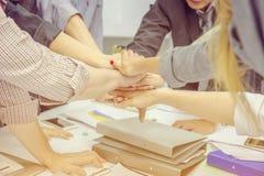 Erfolgs-Geschäftsleute Teamwork Konzept-, Geschäftsmann und busine lizenzfreie stockfotos