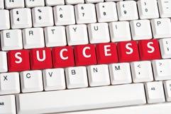 Erfolgswort auf Tastatur Stockfoto