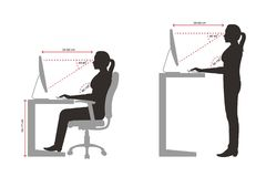 Ergonomisches Schattenbild eines korrekten Sitzens der Frau und der stehenden Lage, wenn ein Computer verwendet wird stock abbildung