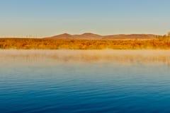 Ergun rzeka przy opóźnionym jesień rankiem Zdjęcia Royalty Free