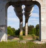 Erhöhter Abschnitt der Rohrleitungen Stockfotografie