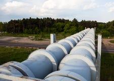 Erhöhter Abschnitt der Rohrleitungen Lizenzfreies Stockbild