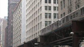 Erhöhter Zug in Chicago stock video footage