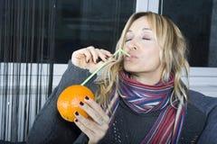 Erhalten Sie Gesundheit von den Früchten! Stockbild