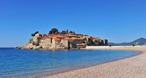 Erholungsort Sveti Stefan, adriatisches Meer, Montenegro Stockbild