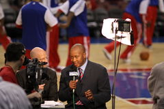 Eric Snow - 76ers color analyst , Marc Zumoff Stock Images