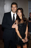 Eric Winter och Roselyn Sanchez royaltyfria bilder