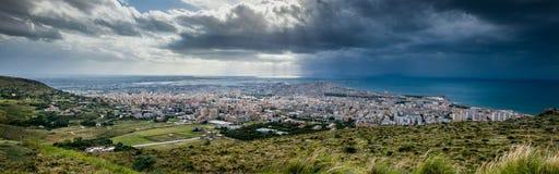 Erice Trapani, Sicilien, Italien - panoramautsikt Royaltyfria Foton