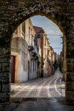 Erice Trapani, Sicilien, Italien - sikt av gatan Arkivfoto