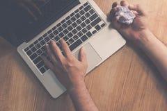 Erickson calculant des applications, planification sur ordinateur prévoit compatible avec des applications de bureau Photos stock