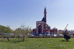 Erinnerungsmoschee an Poklonnaya Gora - April, 27, 2014. Constructe Lizenzfreie Stockfotografie
