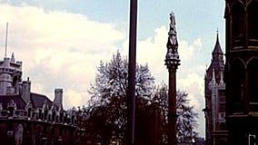 Erinnerungsspalte indischer Auflehnung Krim in London stock footage