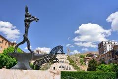 ERIWAN, ARMENIEN - MAI 2016: Statuenkaninchen der modernen Kunst Stockfotografie