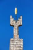 Eriwan, Armenien - 26. September 2016: Schließen Sie herauf das Monument, das dem 50. Jahrestag des Sowjets Armenien auf Kaskaden Lizenzfreie Stockbilder