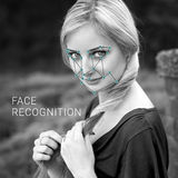 Erkenning van vrouwelijk gezicht Biometrische controle en identificatie Royalty-vrije Stock Fotografie