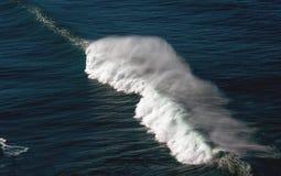 Erklimmende Welle Stockbild