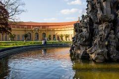 Erlangen, Γερμανία, μπαρόκ πάρκο σύνθετα και θερμοκήπιο πορτοκαλιών στοκ εικόνα