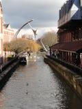 Ermächtigungsskulptur über dem Fluss Witham in Lincoln Lizenzfreies Stockfoto