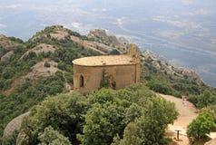Ermita de Joan del santo en Montserrat Mountain, España Abadía benedictina Santa Maria de Montserrat en Monistrol de Montserrat Fotos de archivo libres de regalías