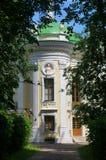 Ermita del edificio (granja Kuskovo cerca de Moscú) Fotos de archivo