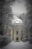 Ermita en el invierno Kuskovo Imagen de archivo