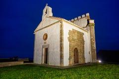 Ermita laGuia eremitboning i Ribadesella Asturias royaltyfria foton