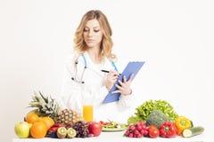 Ernährungswissenschaftler, Diätetiker, Lebensmittel Stockbilder