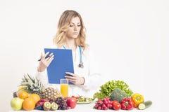 Ernährungswissenschaftler, Diätetiker, Lebensmittel Stockfotos