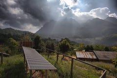 Erneuerbare Energie - Sonnenkollektor Stockbild