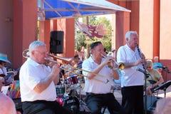 Ernie Landes, Gary Church y Joe Hopkins de la 52.a calle Jazz Band Fotografía de archivo