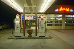 Ernie's Old Mobil Gas Station Royalty Free Stock Images