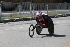Ernst Van Dyk de l'Afrique du Sud est venu dans le deuxième pendant He marathon de Boston avec de la période du 1h18 : 24 1 secon Photo libre de droits