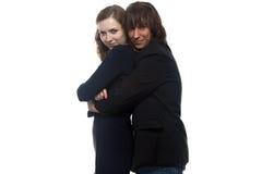 Ernste Frau und Mann in der Jacke Lizenzfreie Stockbilder