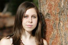 Ernste u. schöne junge Frau Lizenzfreie Stockbilder