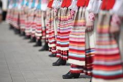 Ernste Zeremonie des Hochziehens der Flaggen vor der Welthockey-Meisterschaft Lizenzfreies Stockbild
