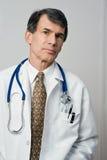 Ernster Arzt Stockfotos