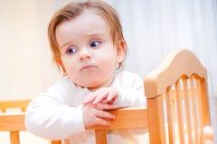 Ernstes kleines Mädchen Lizenzfreie Stockfotografie
