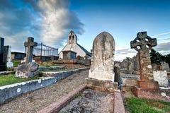 Ernstes Yard bei Kirk Malew Church in Isle of Man Stockfotografie