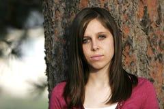 Ernstige & Mooie Jonge Vrouw Stock Foto's