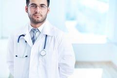 Ernstige arts Stock Afbeelding