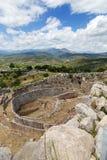 Ernstige cirkel A in Mycenae, de Peloponnesus, Griekenland royalty-vrije stock foto's