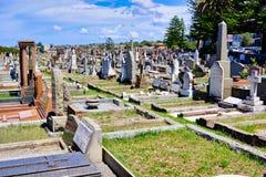 Ernstige Stenen in Oude Begraafplaats, Sydney, Australië royalty-vrije stock foto's