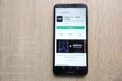 ernstlich COM - Onlinehandel App auf der Google Play Store-Website angezeigt auf Smartphone 2018 Huaweis Y6 stockfoto