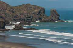 Eroded cliffs at Bethells Beach Royalty Free Stock Images