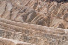 Eroderade kanter på den Zabriskie punkten Arkivfoto