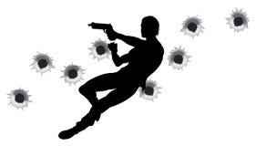 Eroe di azione nella siluetta di lotta della pistola Fotografia Stock Libera da Diritti