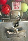 Erogatore delle palle del gioco Fotografie Stock Libere da Diritti